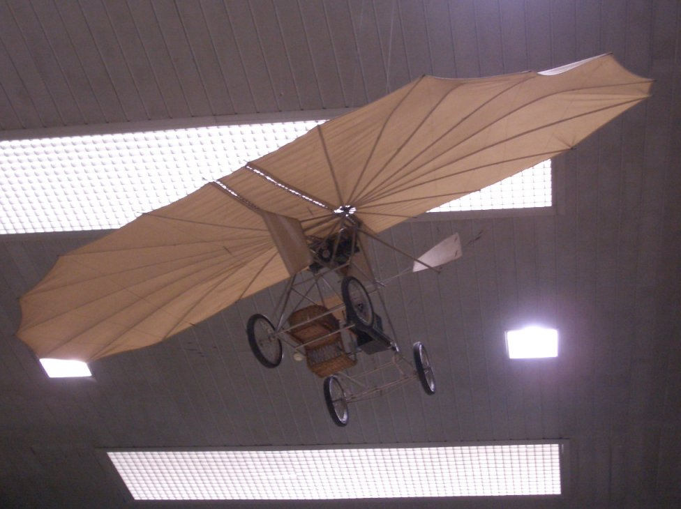 pionieri ai aviatiei